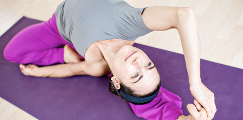tighten up with 3 simple core strength yoga poses